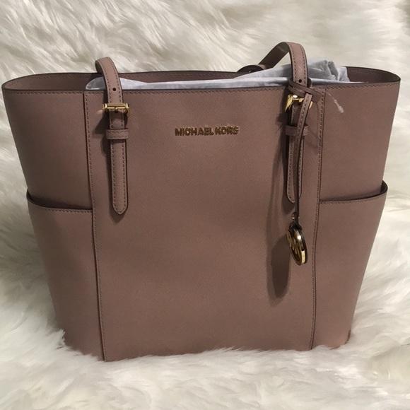 Michael Kors Handbags - Michael Michael Kors Jet Set Travel Large Tote